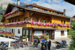 Motorcycle tours in the Dolomites!